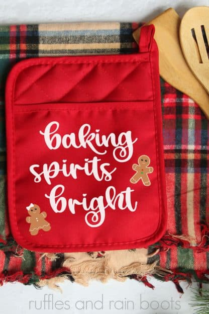 adorable neighbor gift of Christmas potholder with gingerbread SVG free from ruffles and rain boots