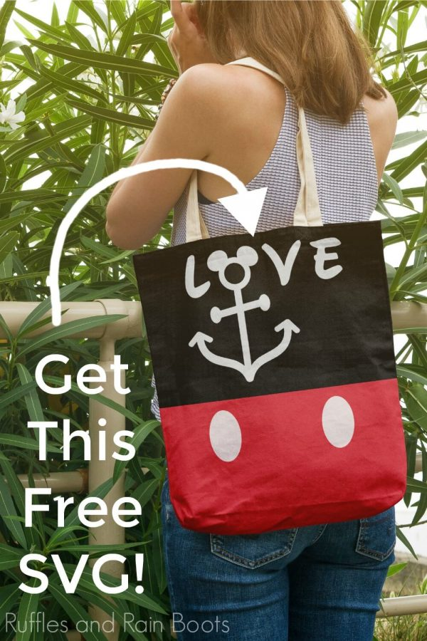 adorable Mickey tote bag made with paint and Disney cruise SVG files