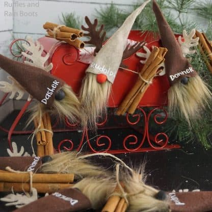 Santa Reindeer gnome garland pattern for no sew Christmas gnomes