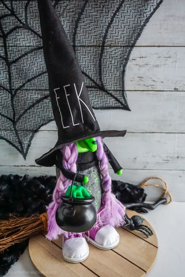 a no sew witch gnome pattern with hat body tennis gnome shoes braids
